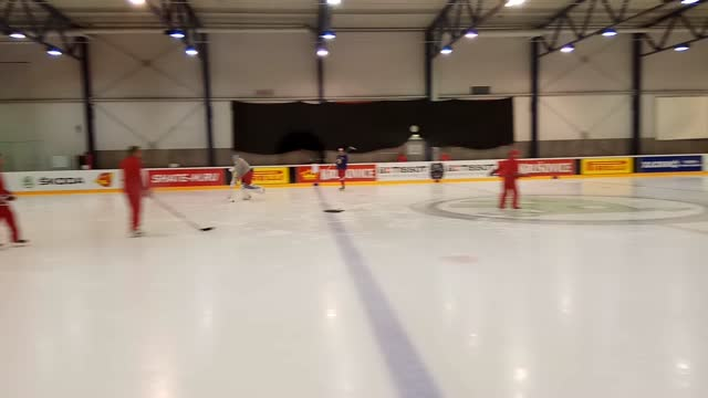 Евгений Кузнецов и Дмитрий Орлов тренируются со сборной России на ЧМ-2017