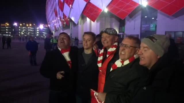 Болельщики «Ливерпуля» поют