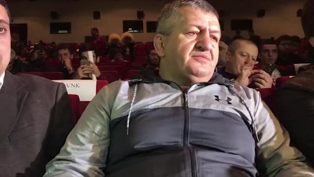 Отец Нурмагомедова — о телефонном разговоре с сыном