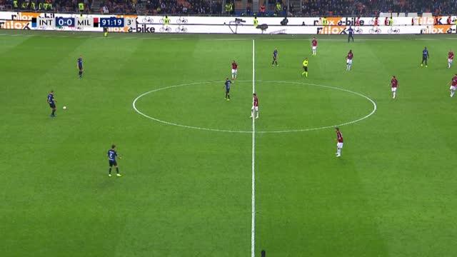 1:0. Икарди («Интер») открывает счёт