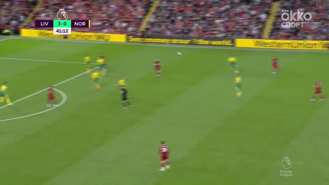 4:0. Ориги («Ливерпуль») головой замыкает передачу