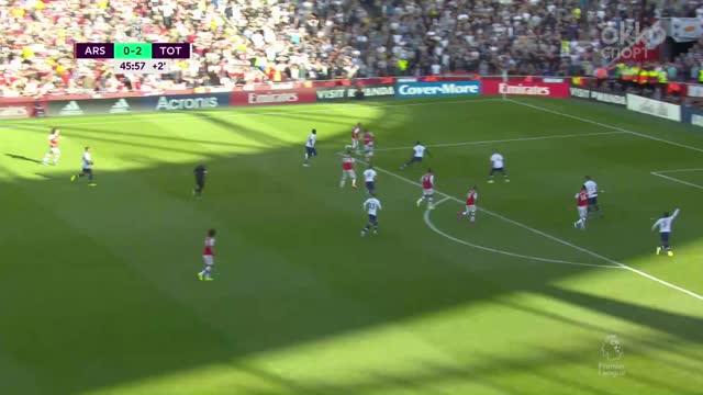 1:2. Ляказетт («Арсенал») отыгрывает один мяч с передачи Пепе