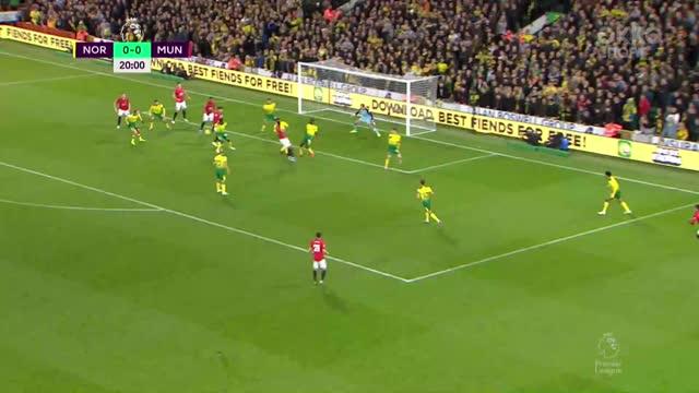 0:1. Мактоминай («Ман. Юнайтед») открывает счет в матче