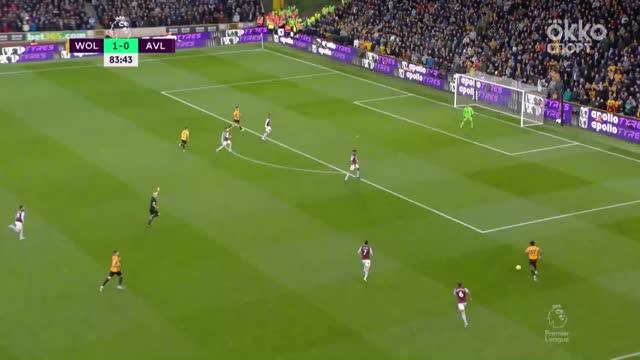 2:0. Хименес («Вулвз») забивает после прохода Адама Траоре