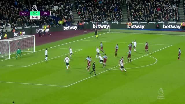 Мохамед Салах открывает счёт в матче с «Вест Хэмом»