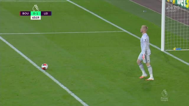 «Лестер» курьезным образом привез пенальти в свои ворота