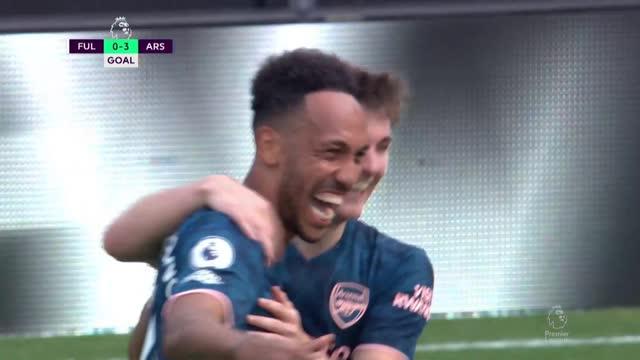 0:3. Обамеянг («Арсенал») отличился с передачи Виллиана