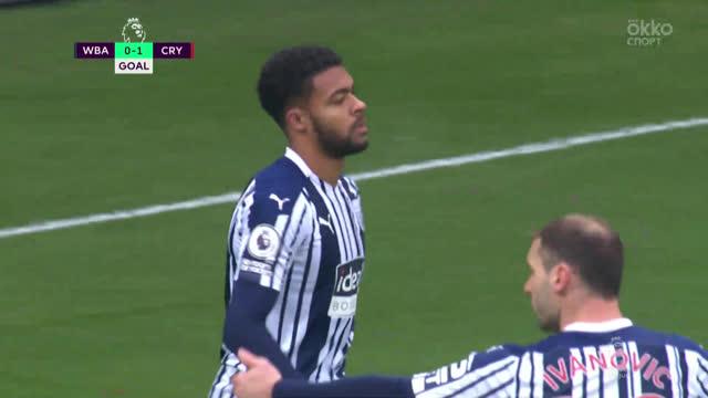1:0. Ферлонг («Вест Бромвич») срезает мяч в свои ворота