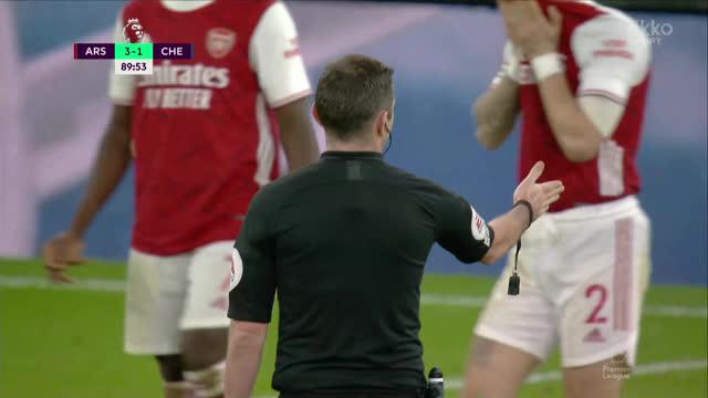 Лено («Арсенал») парирует удар Жоржиньо («Челси») с точки!