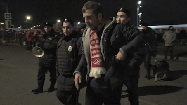 Задержания болельщиков на матче «Спартак» — «Севилья»