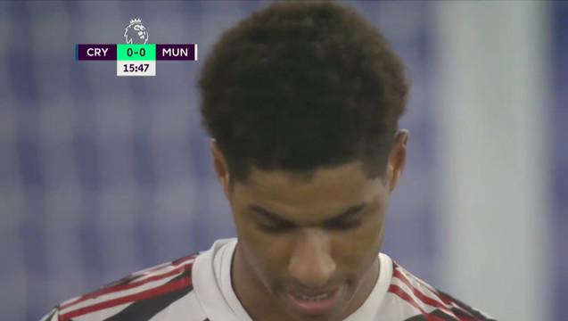 Рашфорд («Ман Юнайтед») пробил рядом со штангой!