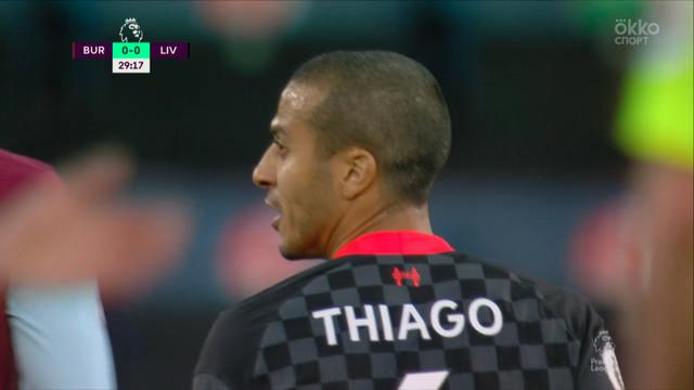 Тьяго («Ливерпуль») пробил в сантиметрах от штанги!