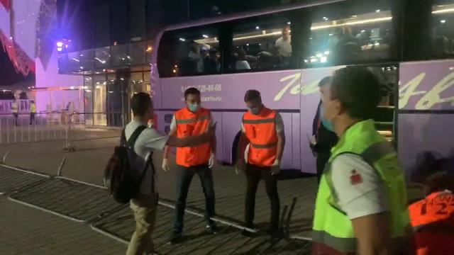 Фанат «Спартака» попытался прорваться в автобус «Сочи»