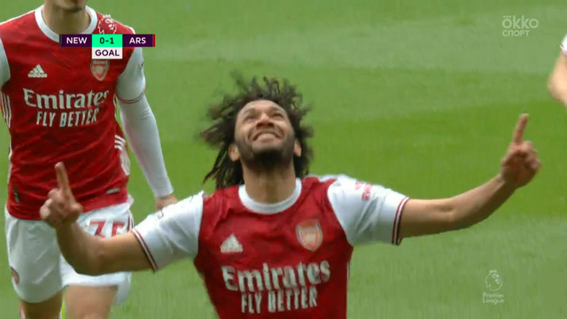 0:1. Эльнени («Арсенал») точным ударом открывает счет