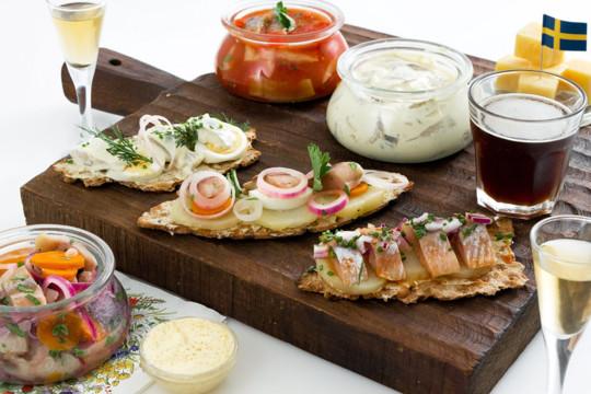 SOS: сельдь, сыр и снапс